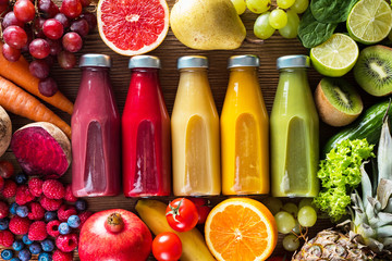 Papiers peints Jus, Sirop Colorful smoothies in bottles