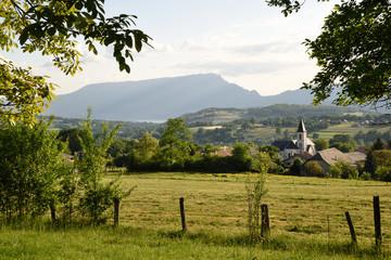 paysage montagne église village