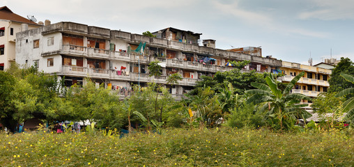 housing the poor in Thailand