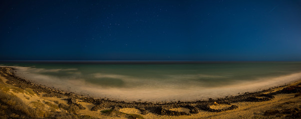 Night Panorama   beach on the  sea