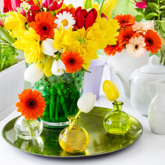 Springtime table decoration with tulips