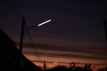 street light in the evening time with twilight sky background Fotomurales