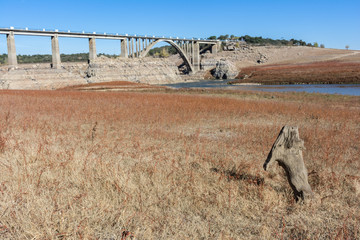 The drought in Spain leaves empty the swamp in Ricobayo in Zamora, climate change that happens globally