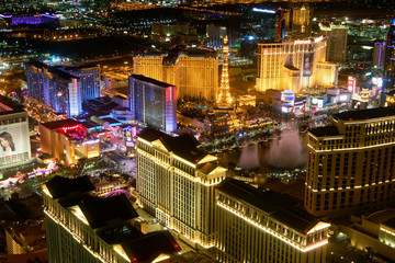 Foto op Canvas Las Vegas LAS VEGAS - JUNE 30, 2018: City view from helicopter at night. The city is the most famous world gambling destination