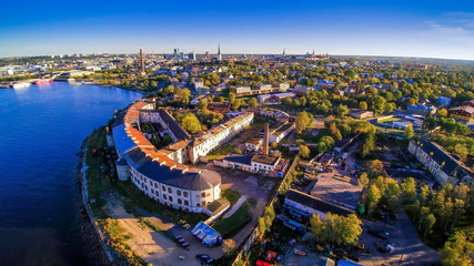 8796_The_beautiful_city_of_Kopli_in_Tallin.jpg
