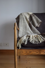wabi sabi home decor - mantas tejidas en telar
