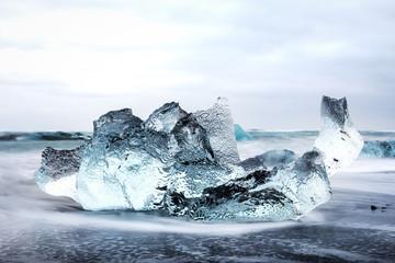 Eisscholle am Meer