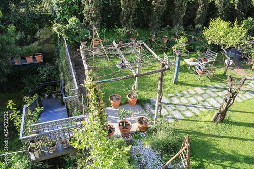 Mediterrane Gartengestaltung Garten Mit Ruheplatz Und Südländischer