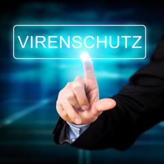 """Hand berührt Touchscreen mit Aufschrift """"Virenschutz"""""""