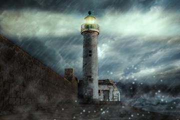 Leuchtturm bei Sturm Propriano Korsika