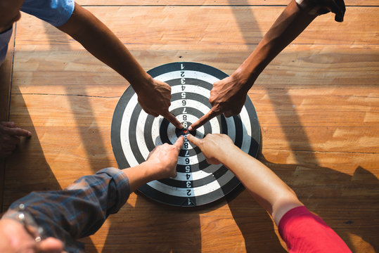 Targeting the business concept.Vision of business towards organization
