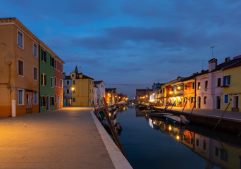 Abends in Burano
