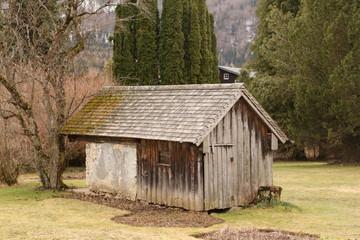 Alte Holzscheune im Zentrum von Fuschl am See in Österreich