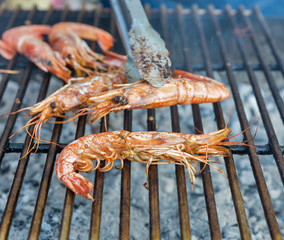 shrimps cooked on the grill