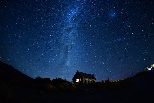 ニュージーランドテカポの星空