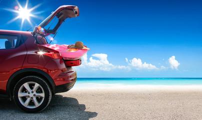 Poster Vintage voitures Summer car on beach and sea landscape