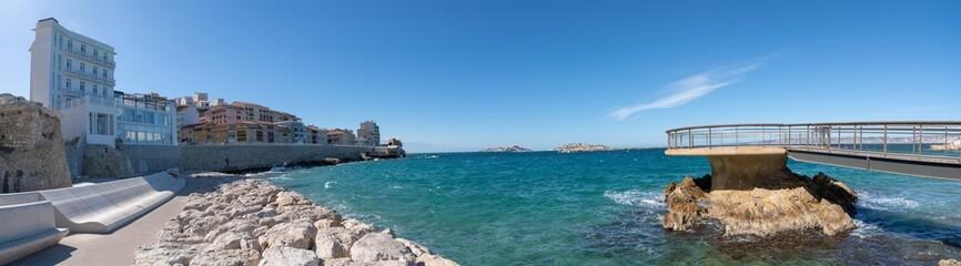 Marseille, vue panoramique de la Plage des Catalans - Marseille Famous beach of the Catalans panoramic View