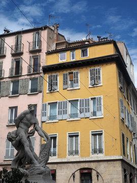 Statue Milon de Crotone architecture Marseille