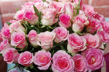Gift bouquet of pink roses.