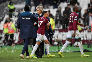 Premier League - West Ham United v Huddersfield Town