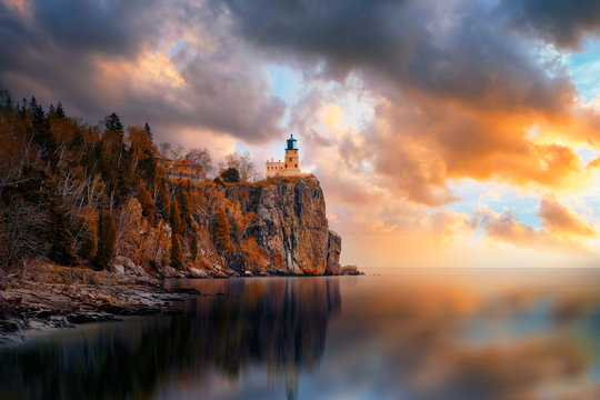Split rock Lighthouse during sunset