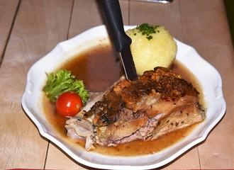 german food pork knuckle