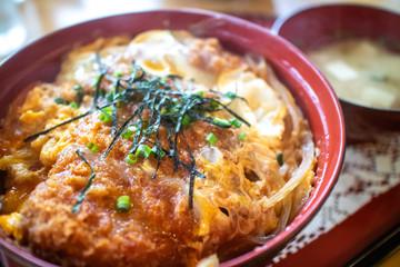 日本の食べ物 カツ丼