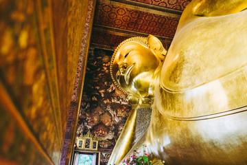 Statue de Bouddha à Bangkok en Thaïlande dans le temple Wat Pho