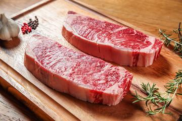厚切りステーキ肉 Thick slice of American beef for steak