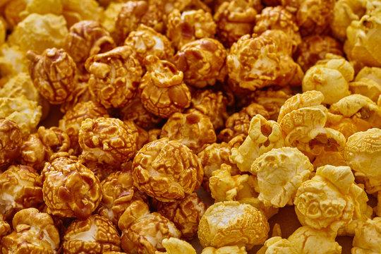 Chicago mix popcorn (cheese ans caramel popcorn)