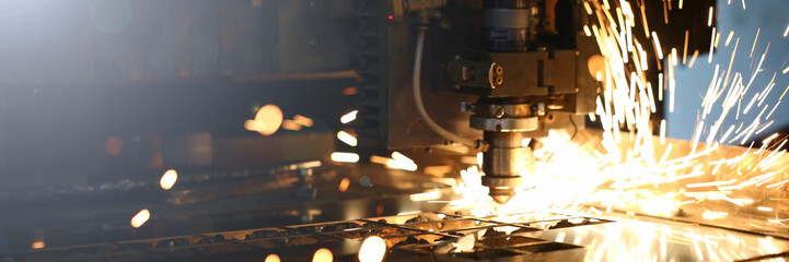Fotorolgordijn Metal Sparks fly out machine head for metal processing