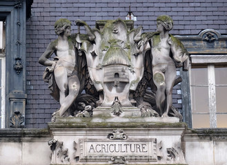 Escutcheon representing the agriculture, on the back of the Hotel de Ville, City Hall in Paris, France