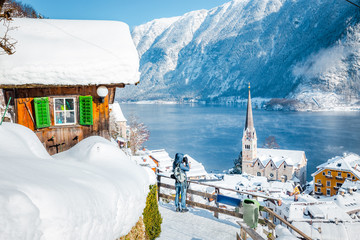 Wall Mural - Hallstatt village in winter, Salzkammergut, Austria