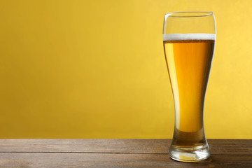 glass cup with light beer
