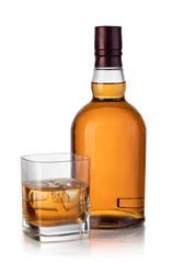 Obraz whiskey bottle and glass - fototapety do salonu