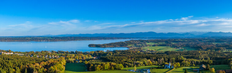 Lake Starnberg, view from Ilkahoehe, Bavaria, Germany Fototapete