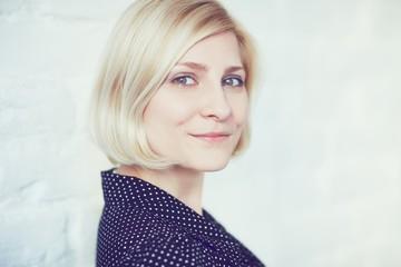 Closeup photo of blonde woman