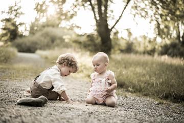 Kind und Baby