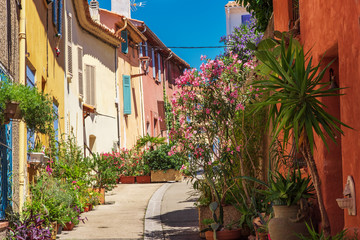 street with houses and flowers