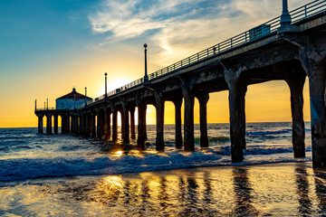 scenic pier at Manhattan Beach near Los Angeles in sunset Fototapete