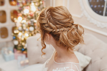 Spoed Fotobehang Kapsalon Wedding hairstyle rear view