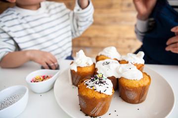 とても美味しそうなカップケーキ