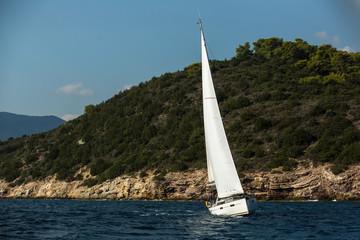 Fototapete - Sailing yacht boat at the Aegean Sea.