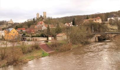 Saaletal mit Burg Saaleck und Rudelsburg