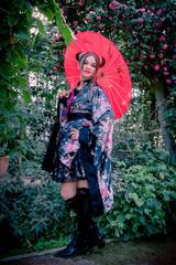 Jeune fille à l'ombrelle