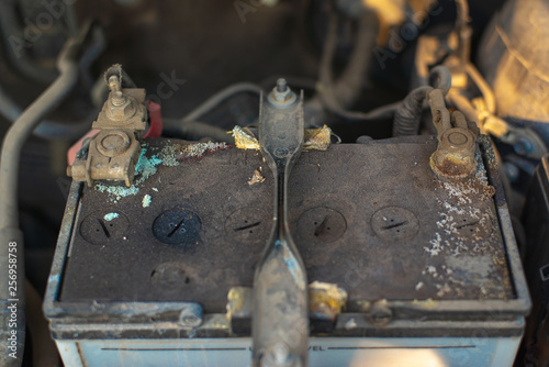 Car Battery Corrosion Should Be Checked In The Car Service Center