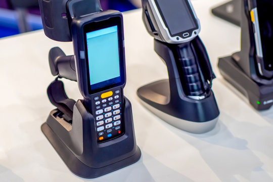 Devices for scanning bar codes. Automation of production. QR barcode scanner