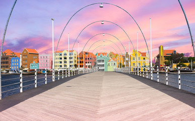 Wall Mural - Floating pantoon bridge in Willemstad, Curacao, evening time