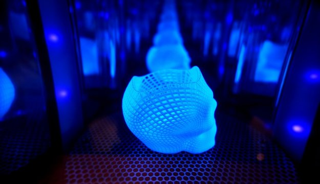 Ultraviolet polymerization of 3D printed glowing skull