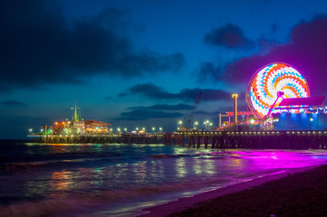 Wall Mural - Night Los Angeles, Ferris Wheel in Santa Monica. California